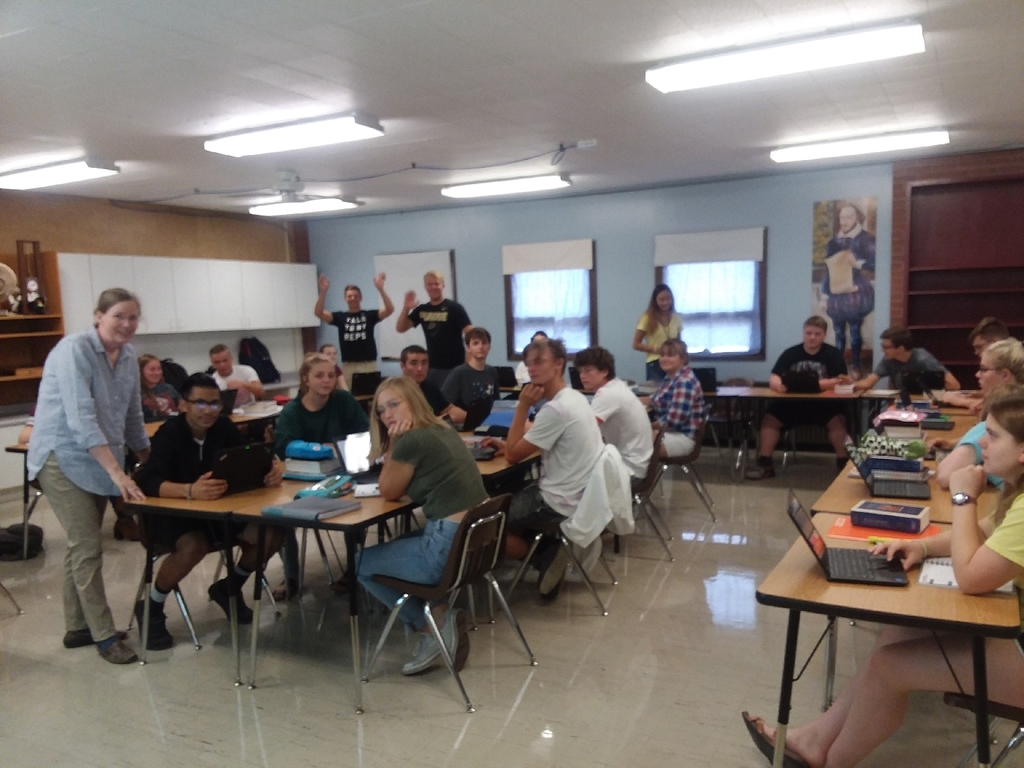 AP English students working hard with Mrs.DeJong!