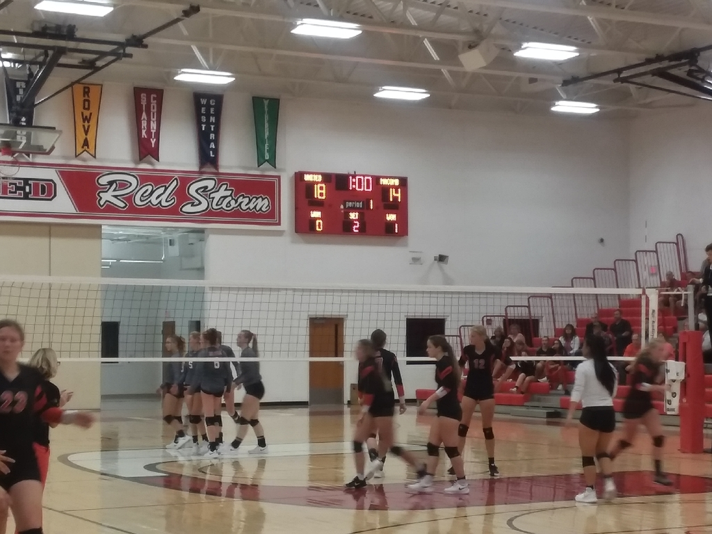 2nd game of an exciting Varsity match!